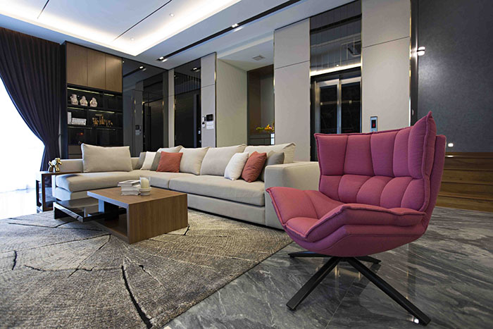 Modern contemporary design & family-friendly home by Turn Design ...