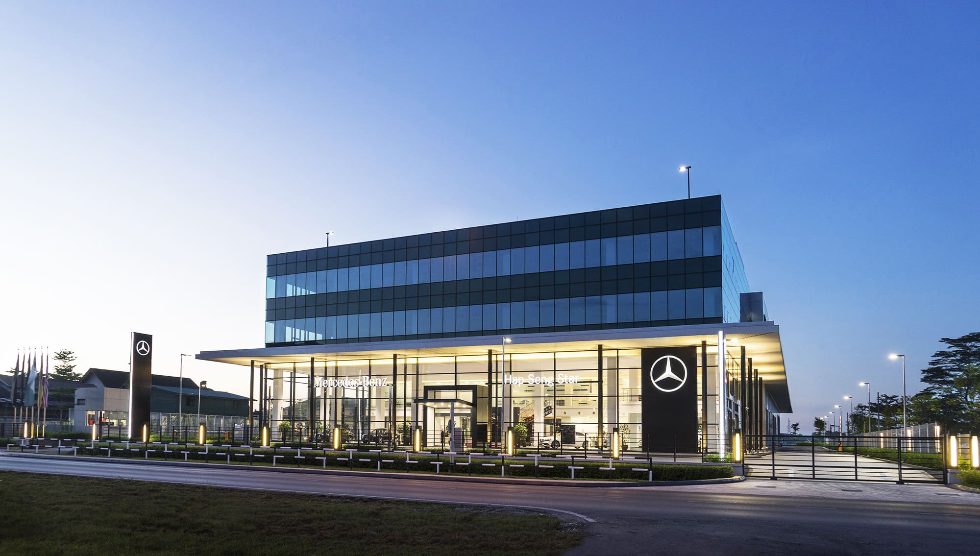 Mercedes outlet