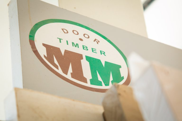 mm door logo